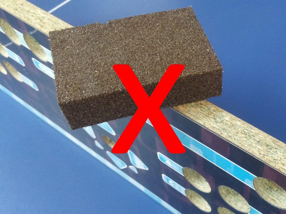 NO lijes la madera, los poros e imperfecciones ayudan al adhesivo
