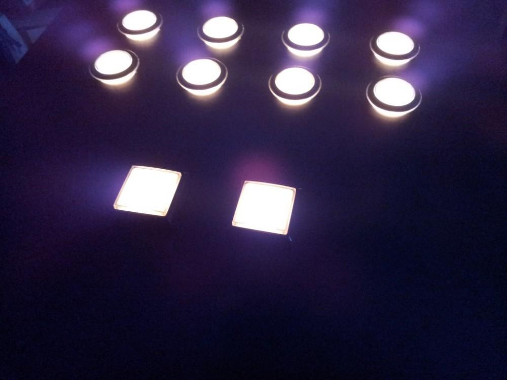 Atril interactivo de 10 botones